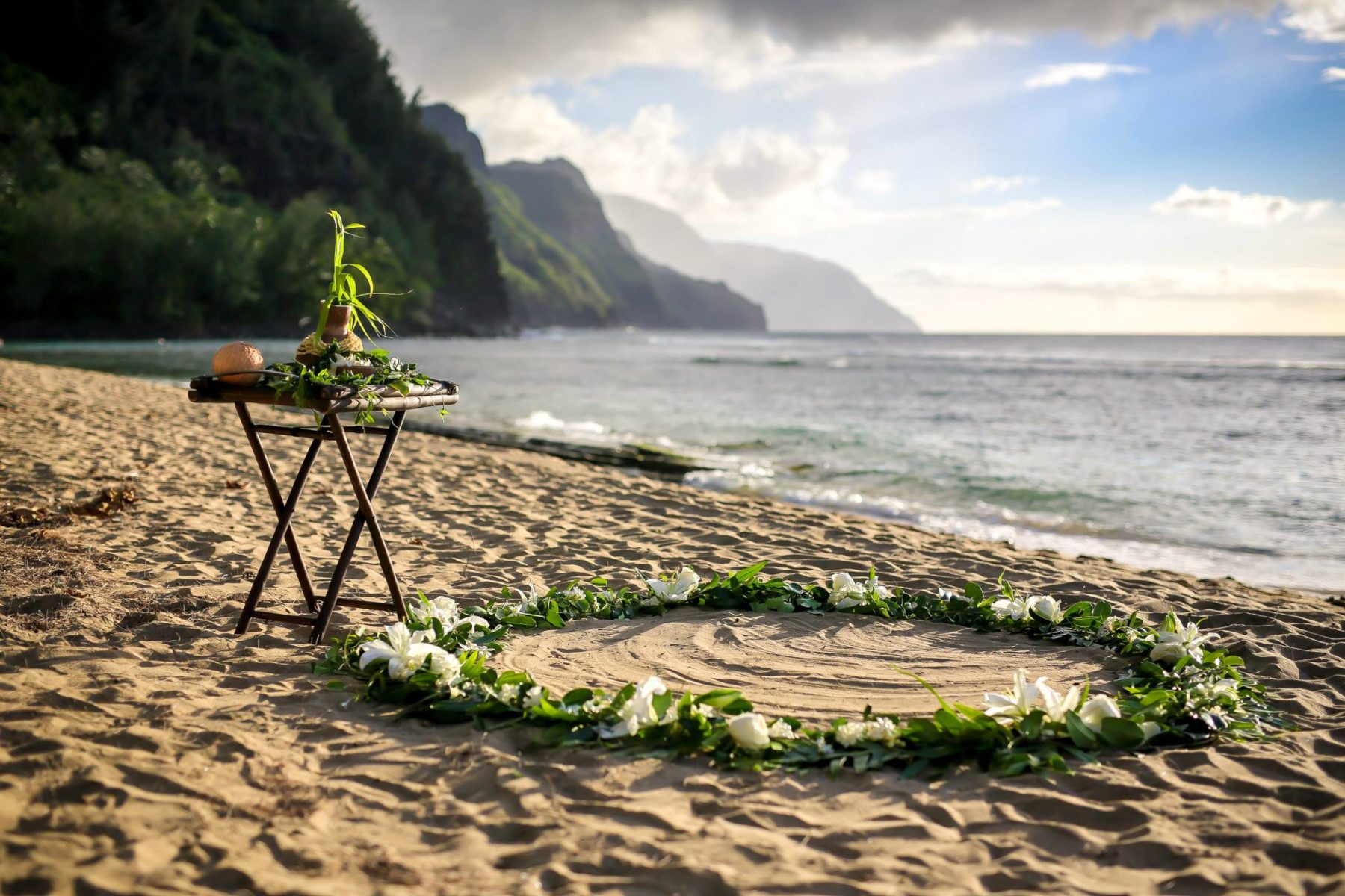 Ke E Beach Wedding Ali I Kaua I Weddings
