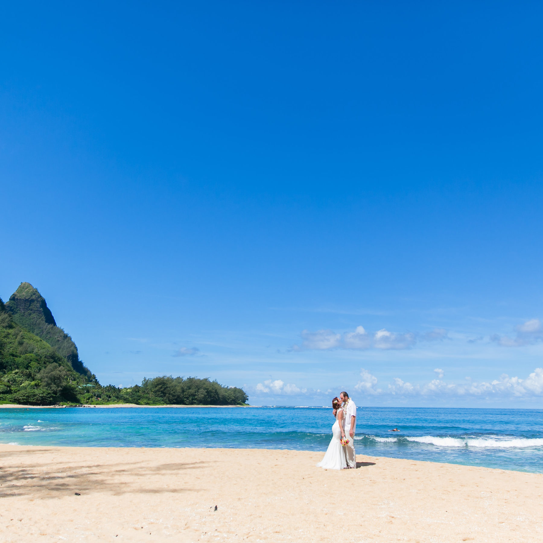 Couple getting married on Kauai