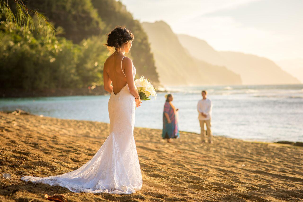 Wedding In Hawaii.Kauai Wedding Planner