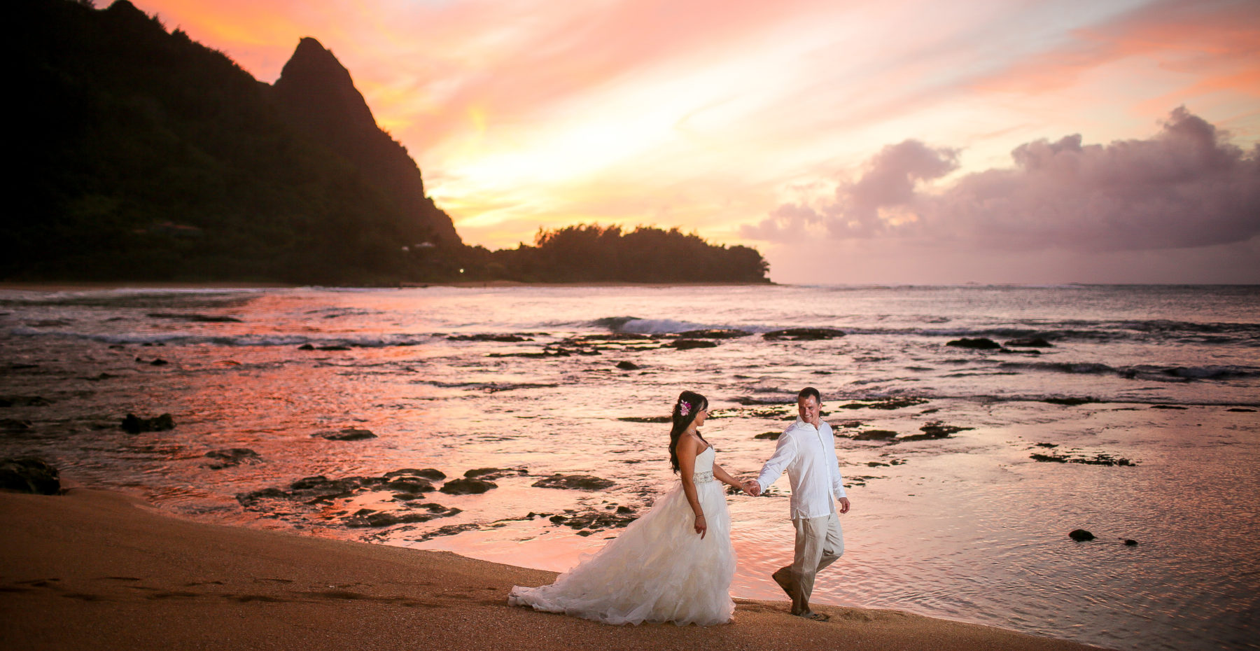 Beautiful Sunset Kauai Wedding