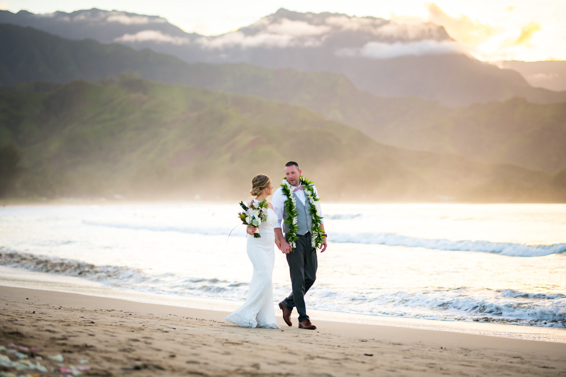 Hanalei bay Sunset elopement
